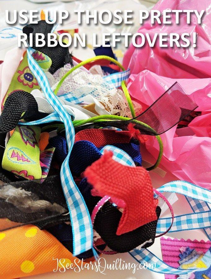 Scrap Fabric Projects: Easy DIY Key fobs #scrapfabric