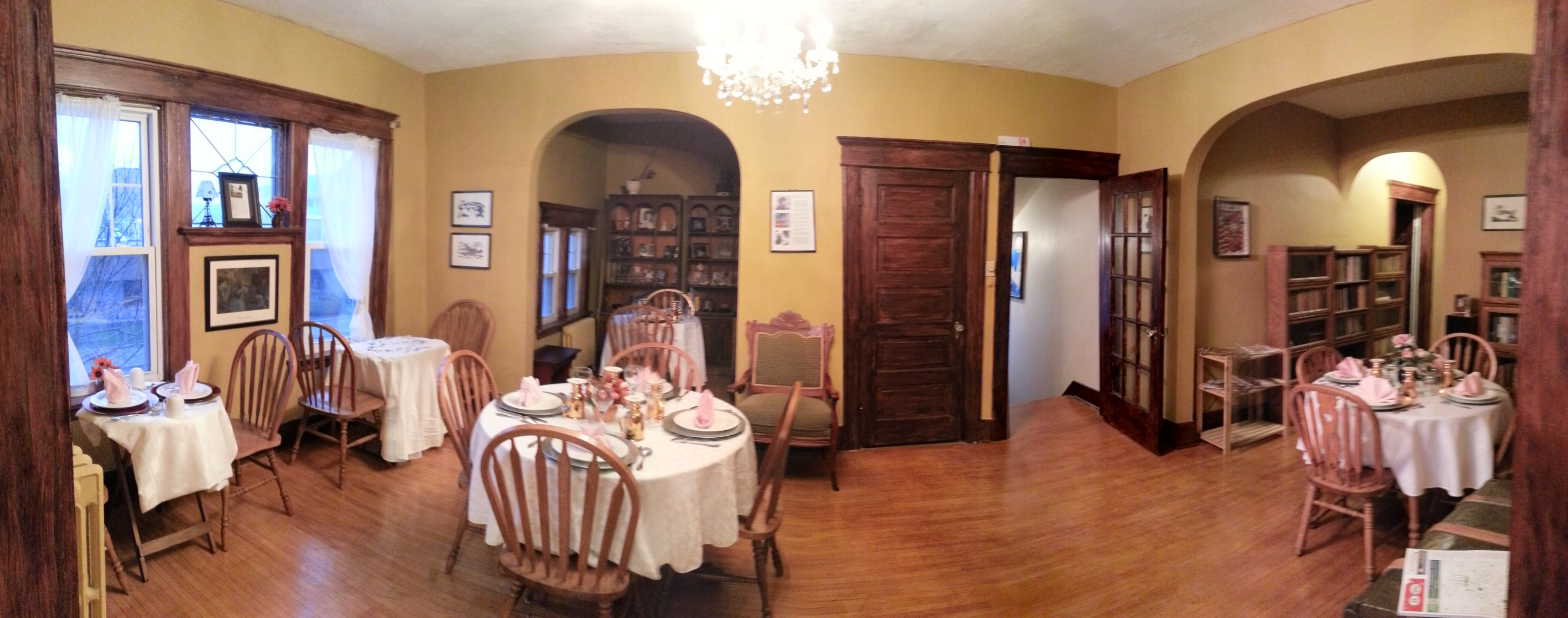One of three dinning area in the second floor of the Thomas Snook House.