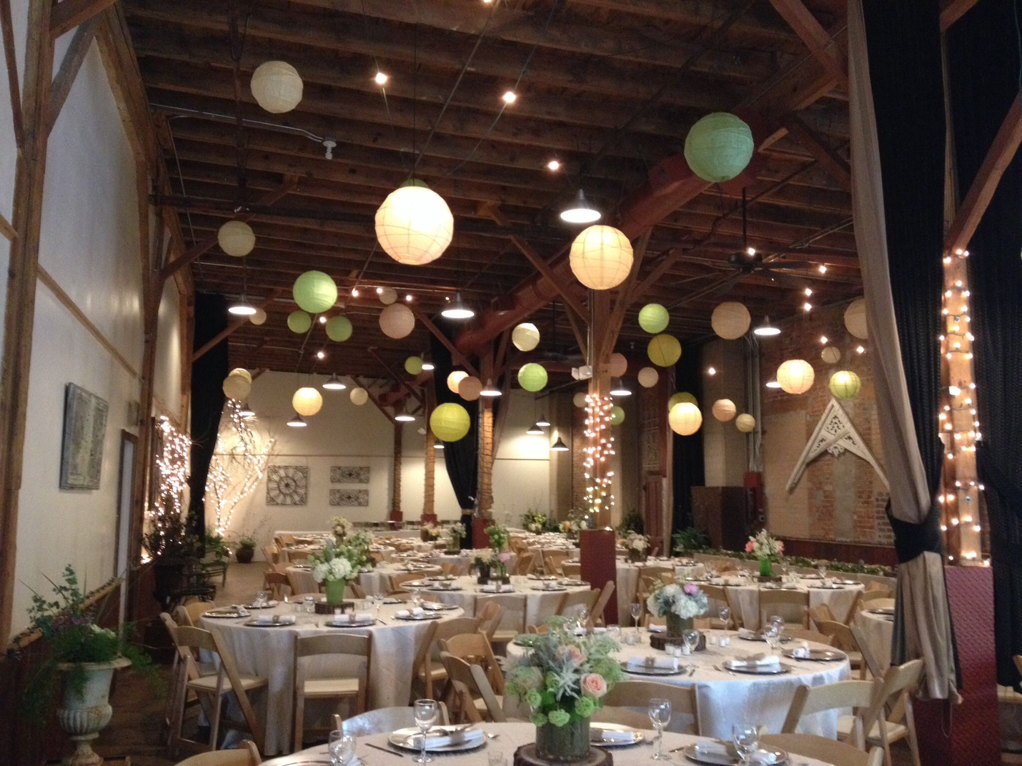 Rustic Wedding Reception At Blumen Gardens Sycamore Il Flowers And Decor Tie