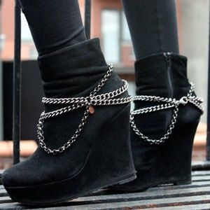 uma ideia: colares para sapatos. por que não?