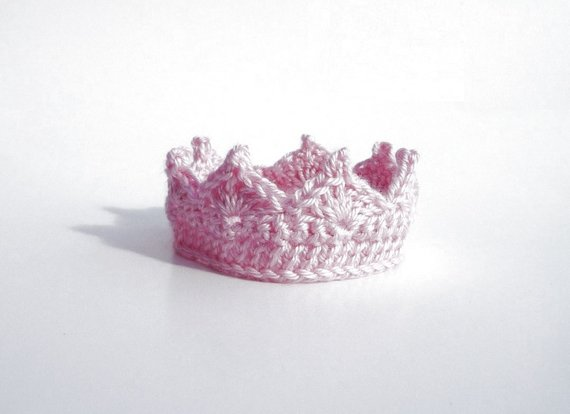 Crochet Crown for Baby Boy Crochet Pattern Adjustable Baby Boy Prince Baby Boy Crown Photo Prop Baby #crownscrocheted