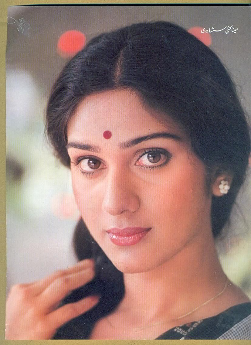 meenakshi seshadri biography
