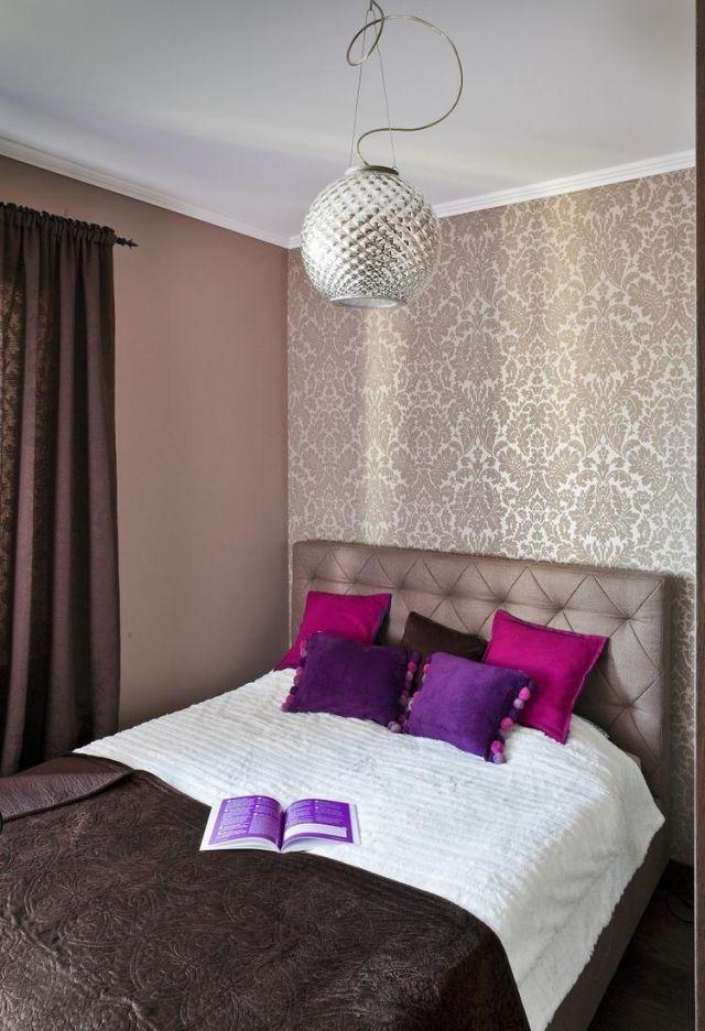 Schlafzimmer Ideen Gestaltung Farben Beige Braun Tapete Damask