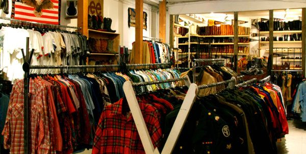 Best Shopping In Vancouver By Elle Croft Vancouver Shopping Vintage Clothing Stores Shopping Outfit