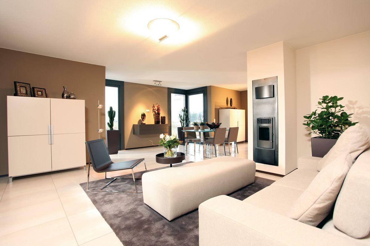 Wohnidee AVEO - Wohnzimmer mit Kaminofen und Esszimmererker | Home ...