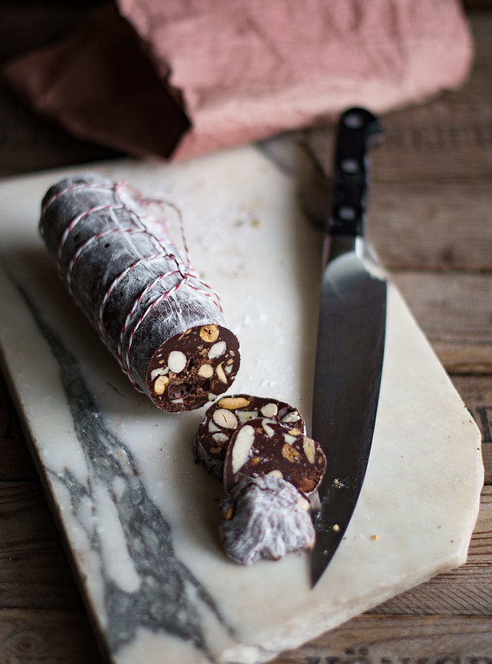 Italienische Schokoladen-Salami - Salame di Cioccolato | Pralinen ...