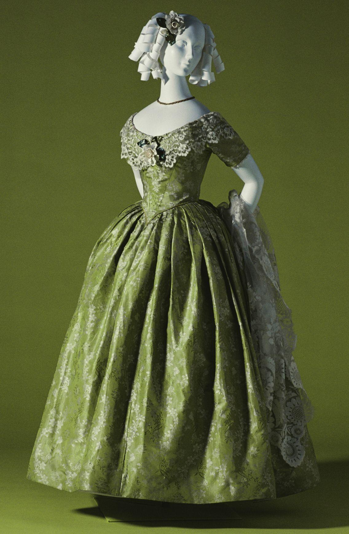 Evening Dress c.1845 KCI Historical dresses, Vintage