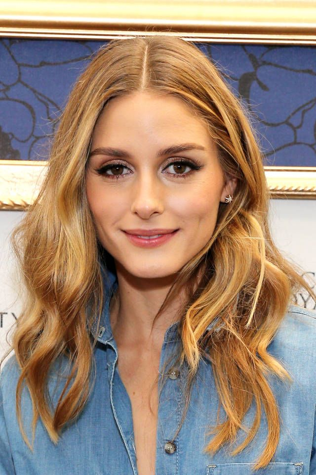 10 Chic Ways To Wear A Middle Part Middle Easy And Olivia Palermo