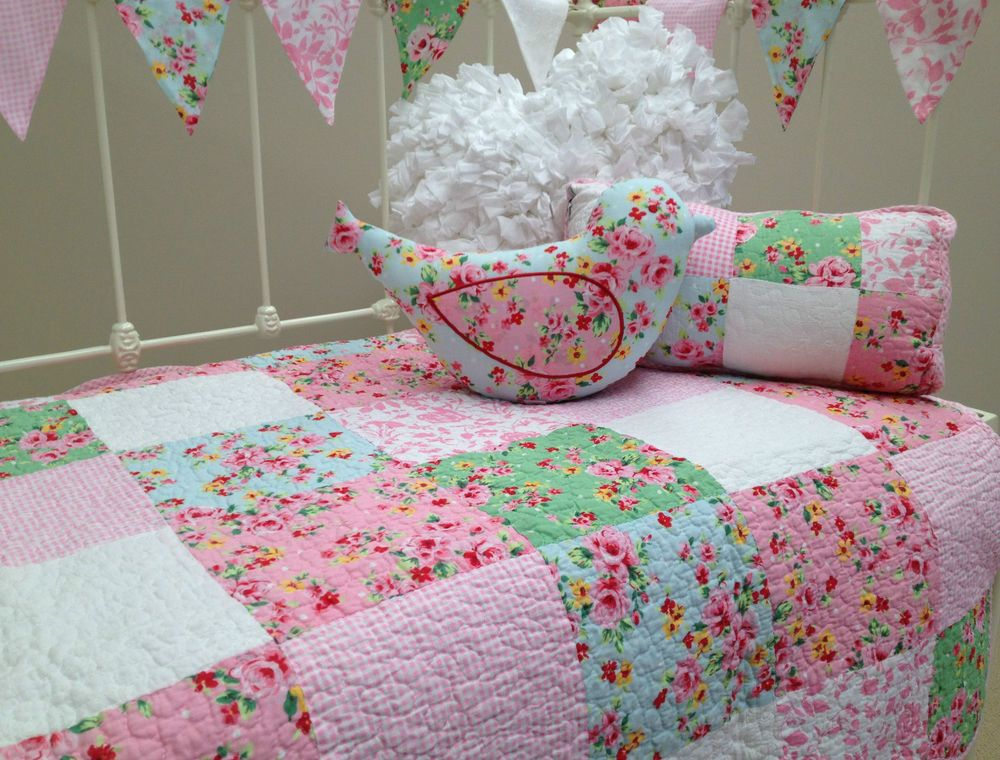4pce Shabby Chic Girls Baby Alice Cot Quilt Vintage Style