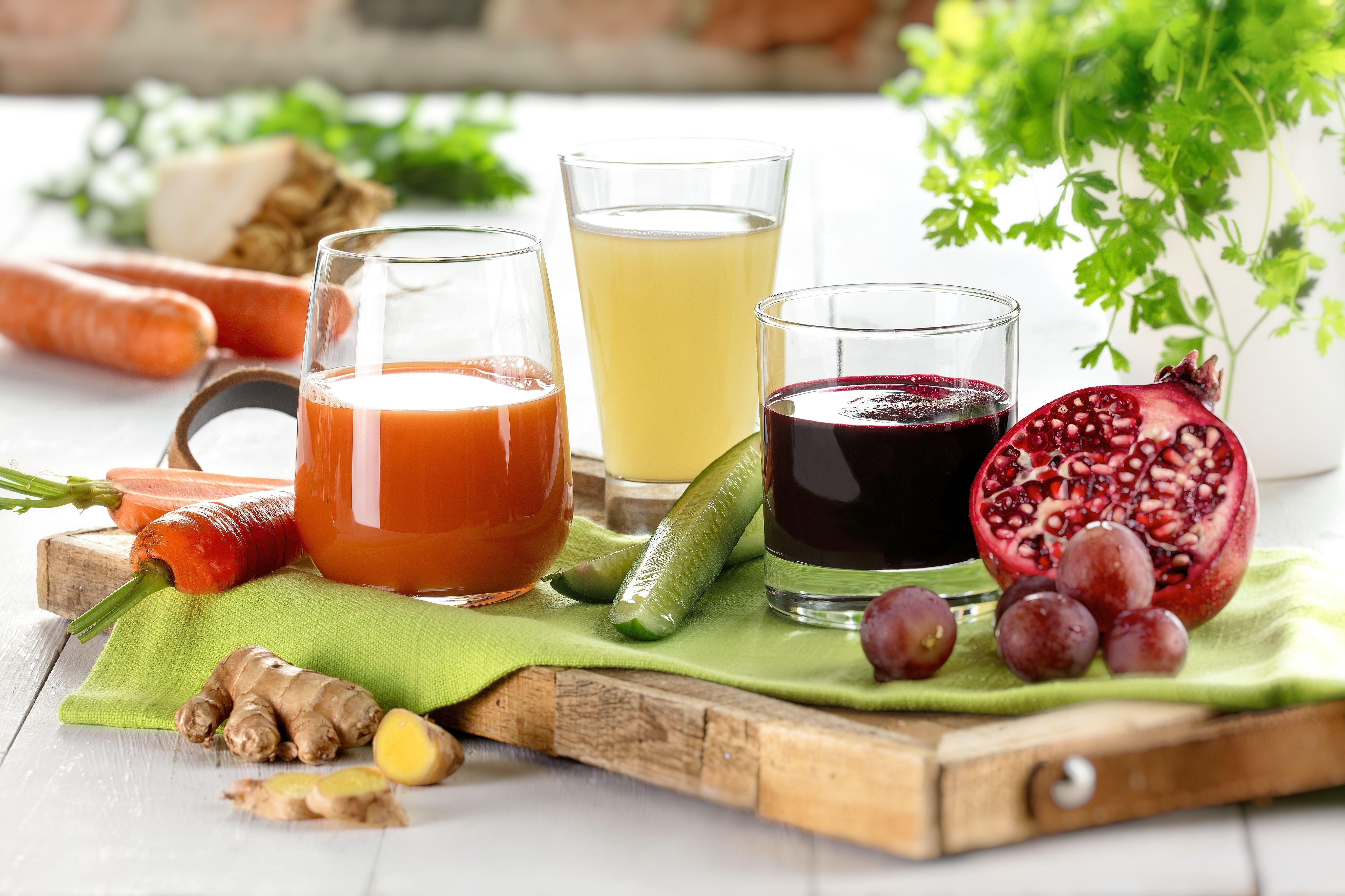 vitaminreiche s fte aus m hren rote bete und pfel saft s fte gesundheit fitness. Black Bedroom Furniture Sets. Home Design Ideas