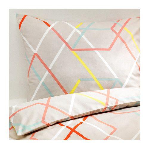 IKEA - IKEA PS 2014, Dekbedovertrek met 2 slopen, 240x220/50x60 cm, , De mengeling van lyocell/katoen absorbeert en transporteert vocht, zodat het bed de hele nacht lekker fris en luchtig blijft.Het dichtgeweven beddengoed van fijn garen biedt extra zachte en duurzame kwaliteit.Door de blinde drukknopen blijft het dekbed op zijn plaats.