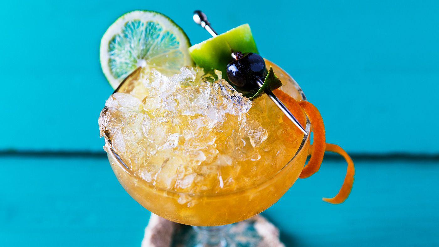 Pineapple Rum Daiquiri Recipe Pineapple rum, Rum