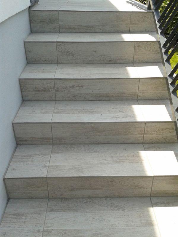 Rialto Taupe Dimensions 618 X 310 Terra Gris Clair Dimensions 300 X 600 Terrasse Et E Escalier Exterieur Carrelage Escalier Exterieur Escalier Carrele