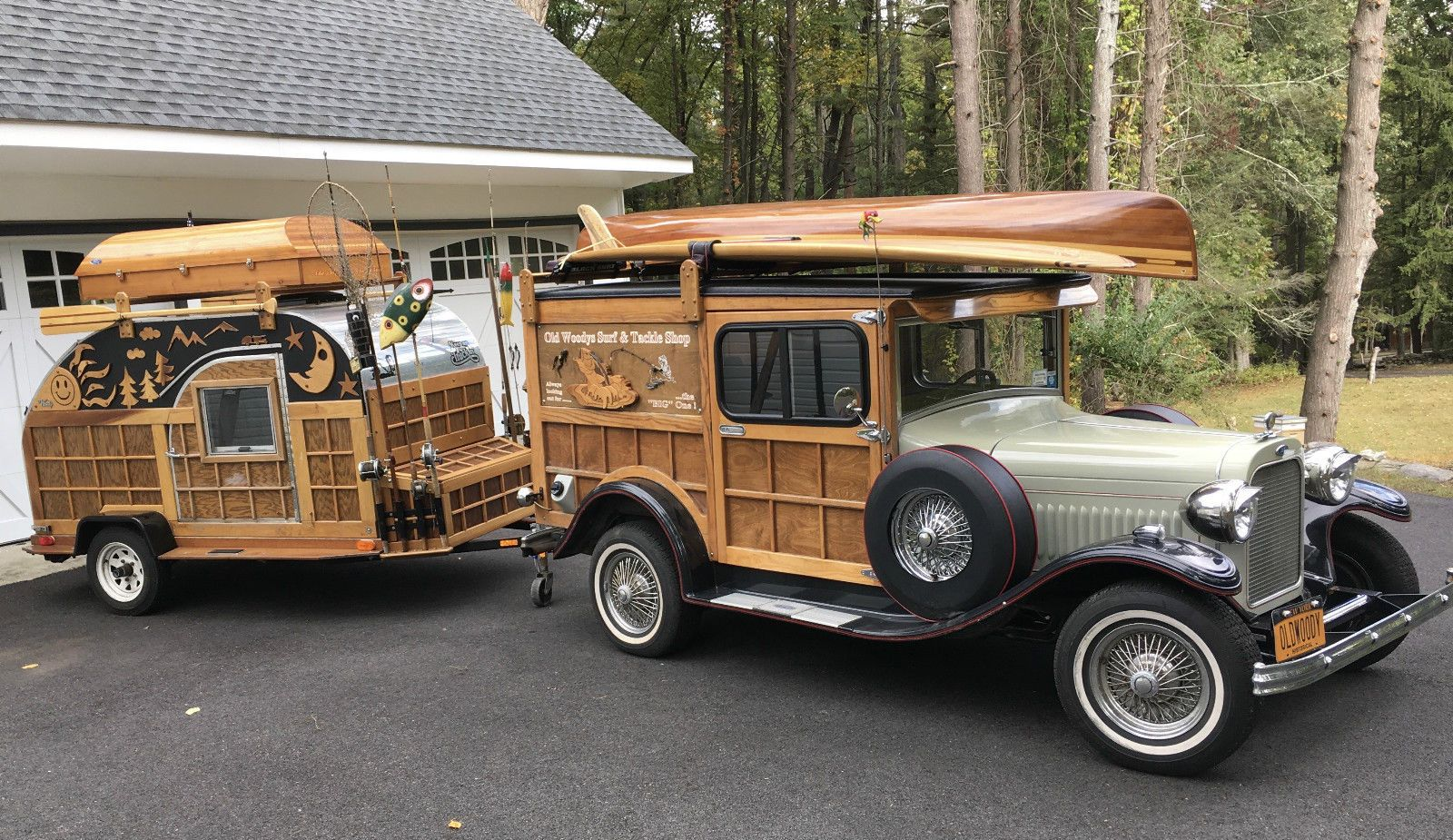 1929 Ford Model A Wood finish with black fenders and red pinstriping ...
