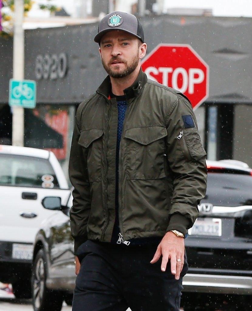 90bb9f6a196 Justin Timberlake Photos - Justin Timberlake Runs Errands in LA - Zimbio