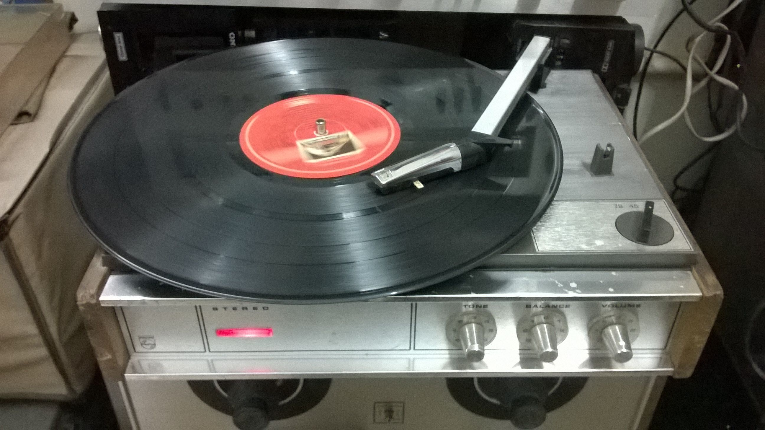 Philips 3 Speed Record Player With Built In Amplifier Music System Vintage Music Vinyl Records For Sale