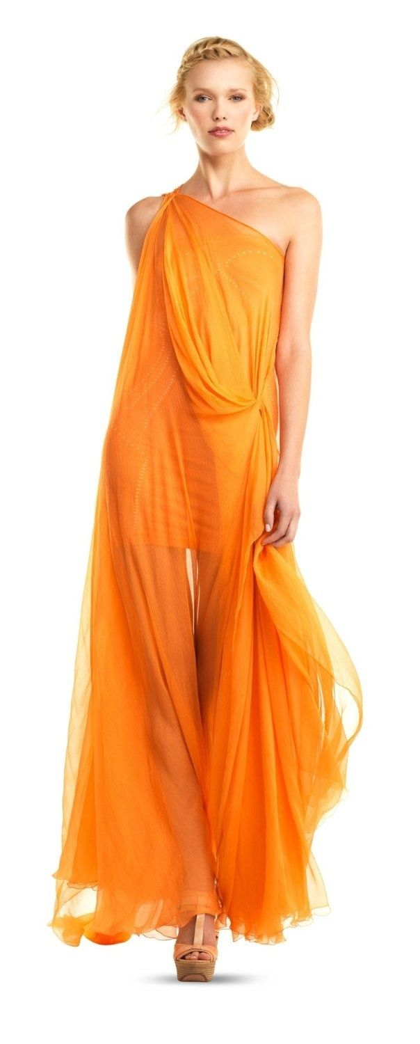 Orange dress would look better if it had a belt and wasnut so see