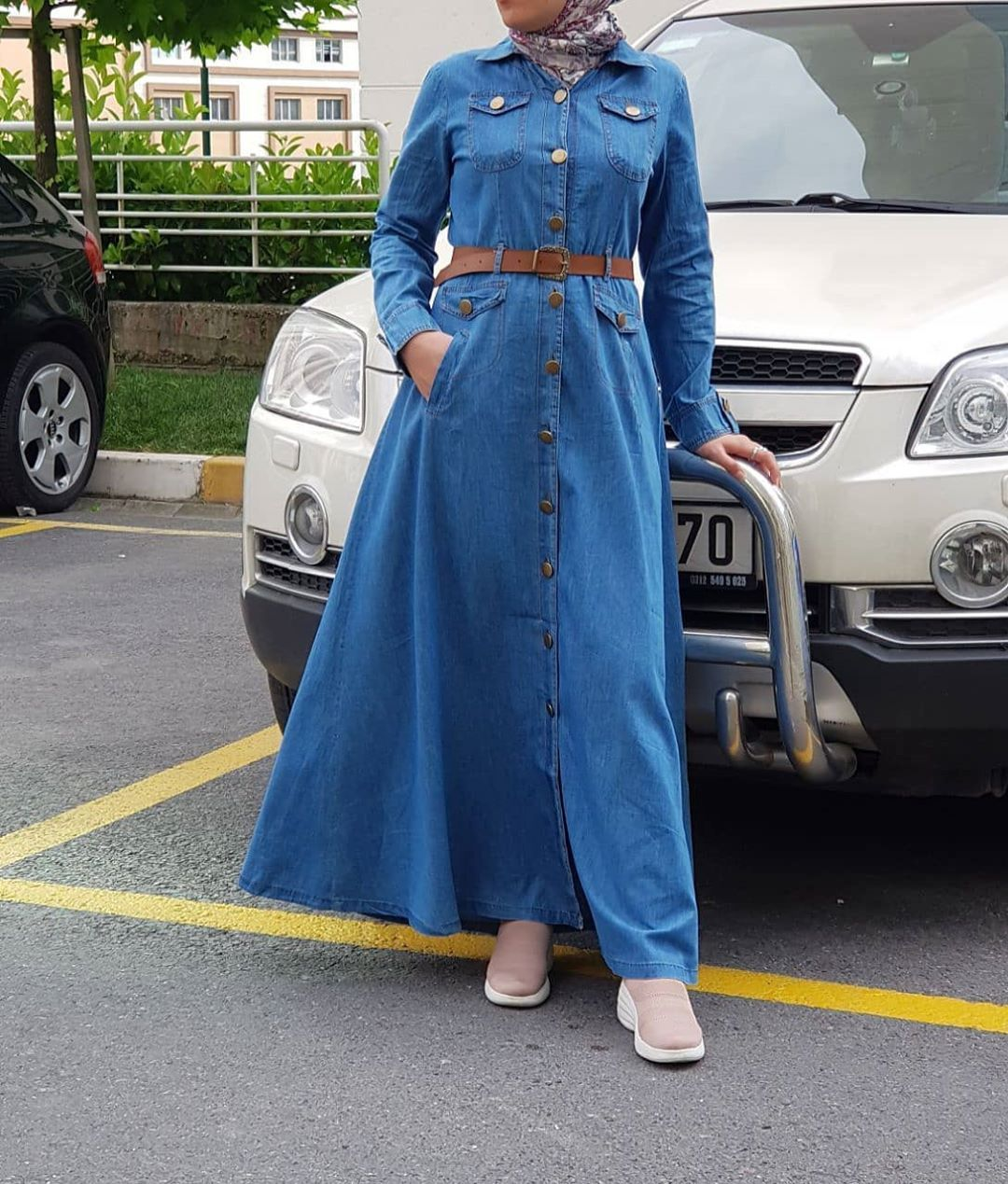 Moda Lolva On Instagram جديد وحصري من مودا لولفا دريس سيمبل جينز صيفي خفيف قالب واسع قياساااات من 3 Shirt Dress High Waisted Skirt Fashion