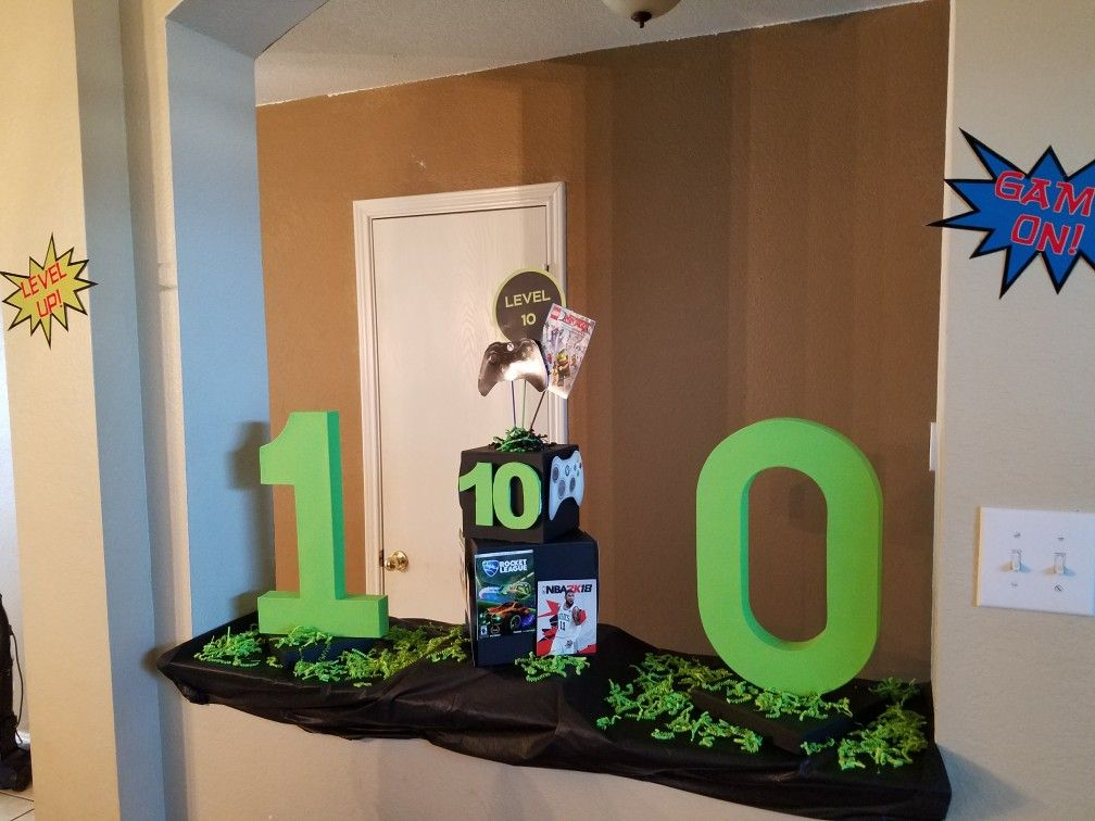 Level 10 Party Xbox Gamer Gaming Centerpiece Decorations Ideas