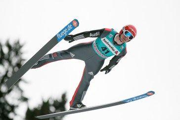 Andreas Wank, Deutschland, beim FIS Skispringen Weltcup in Engelberg / Schweiz | Sportfotograf Kassel http://blog.ks-fotografie.net/pressefotografie/fis-skispringen-engelberg-schweiz-fotografiert/