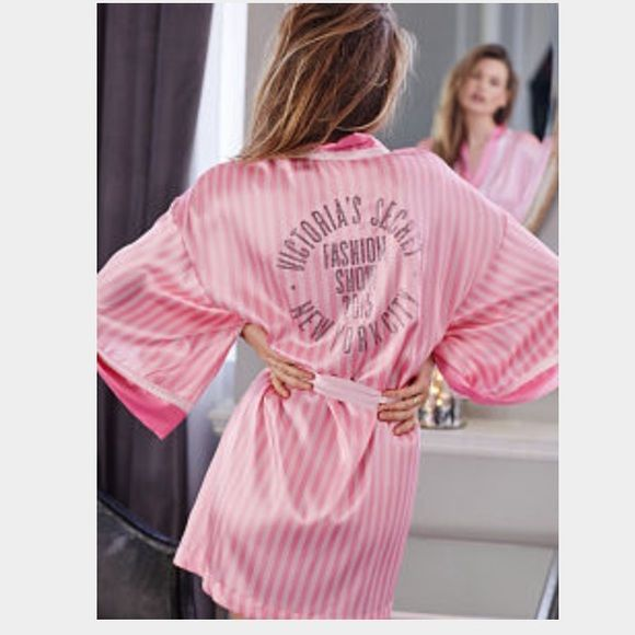 2015 Victoria Secret Fashion Show Robe One Size Fits All PINK Victoria's Secret Other