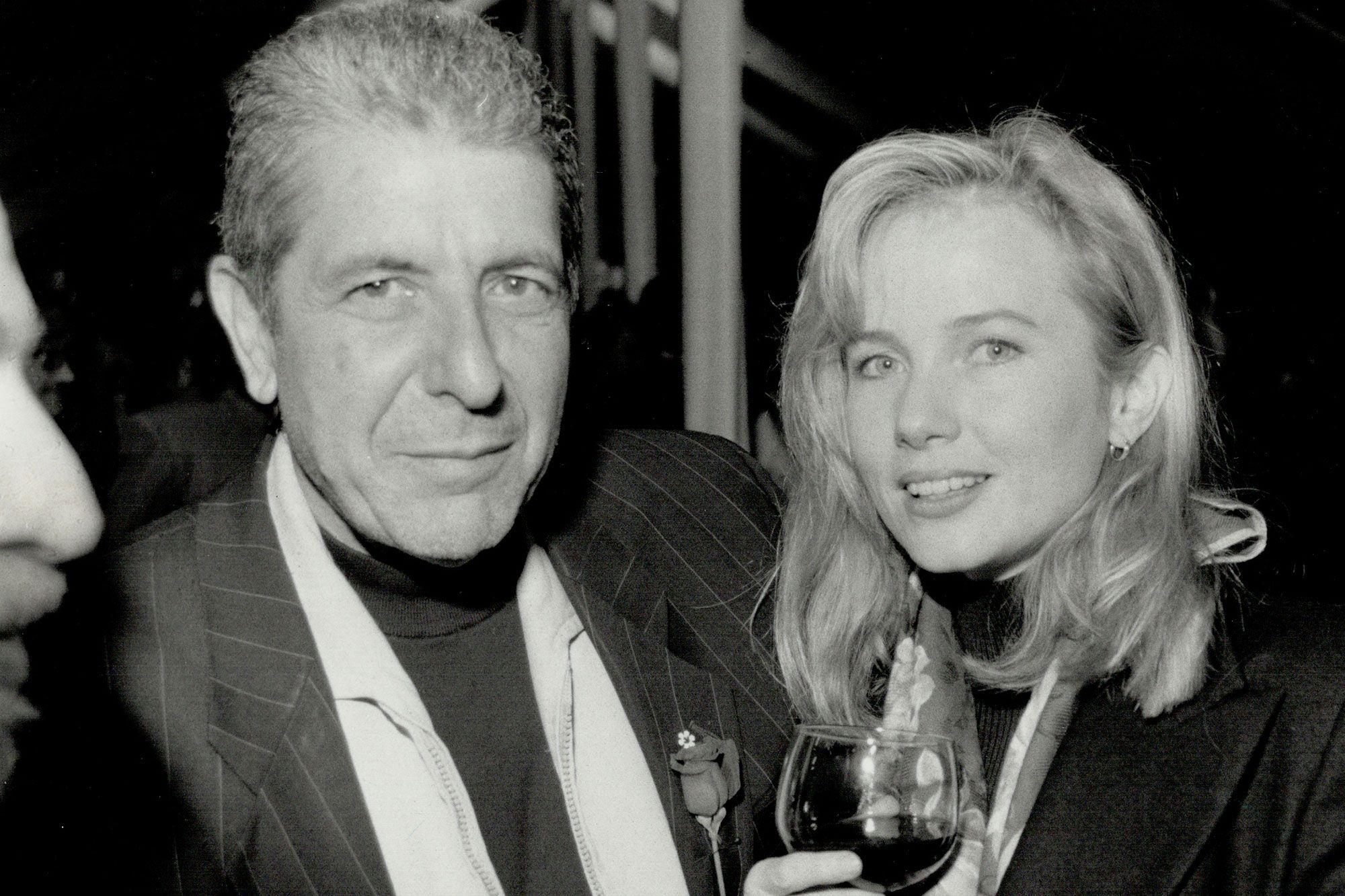 Leonard Cohen Dead Rebecca De Mornay Remembers Ex Fiance Leonard Cohen Rebecca De Mornay Leonard
