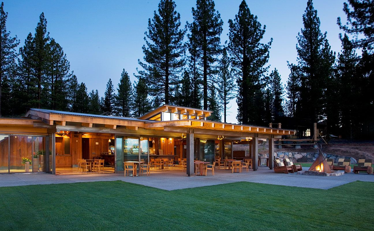 Indoor Outdoor Wedding Venue For Up To 225 Guests Located In Truckee CA