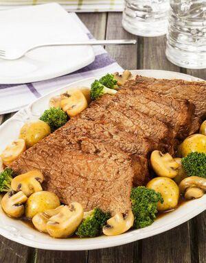Coxão duro de panela com legumes por Academia da carne Friboi