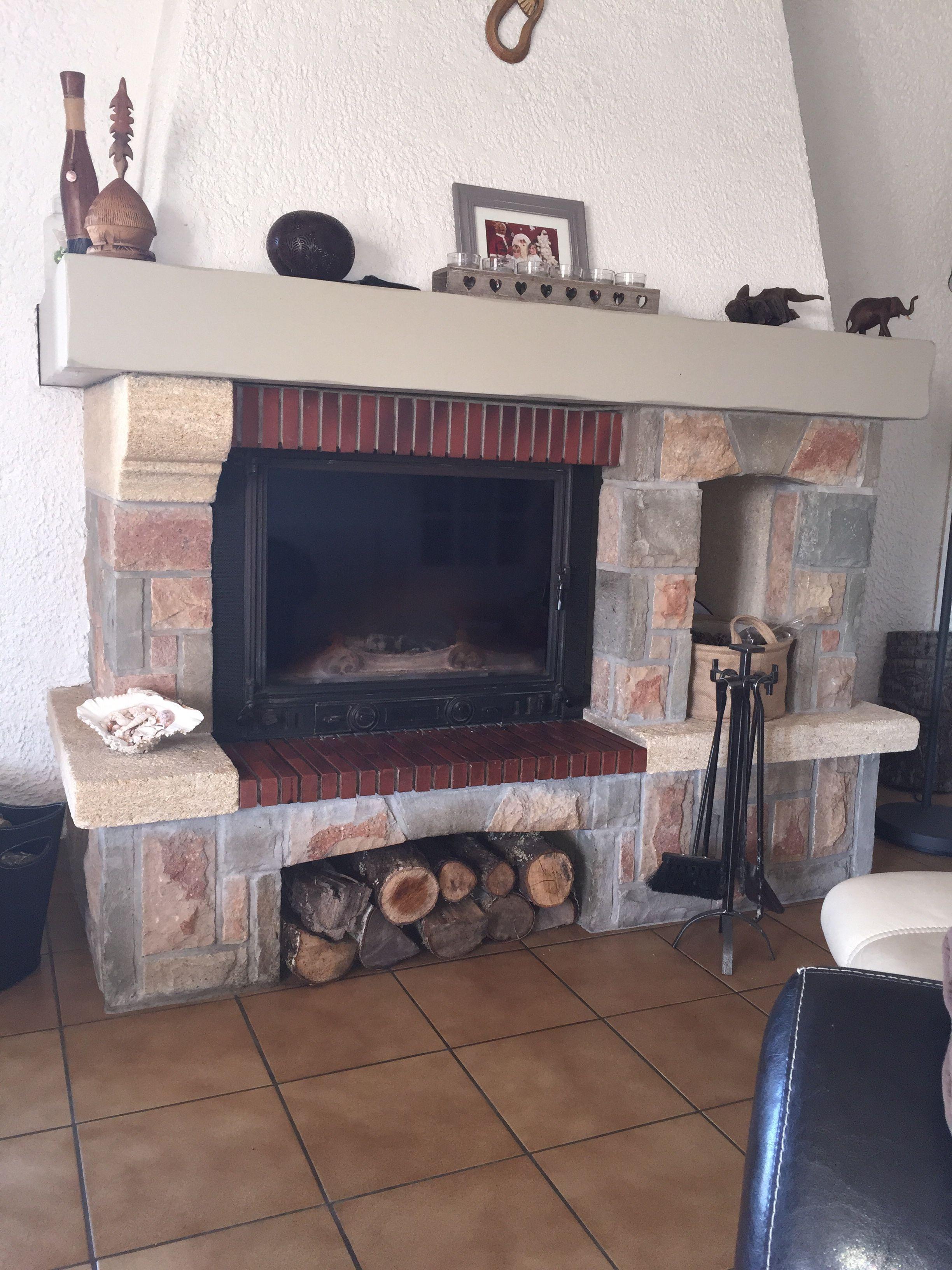 relooking chemine chemine habill de bton cir ide la place de la poutre chemine exemples avant. Black Bedroom Furniture Sets. Home Design Ideas