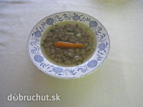 Kuracia polievka s pečeňovými haluškami