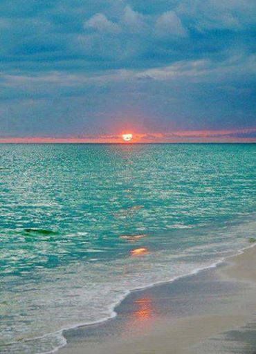 Amazing sunset in Maldives. — https://www.facebook.com/AmazingFactsandNature1?fref=nf