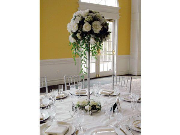 Arreglo para boda con rosas blancas centro de mesa para - Arreglos de flores para bodas ...