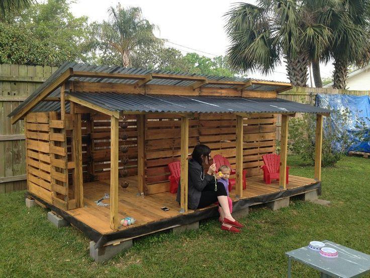 DIY Pallet Kids Playhouse Projects | Pallet kids, Pallet ...