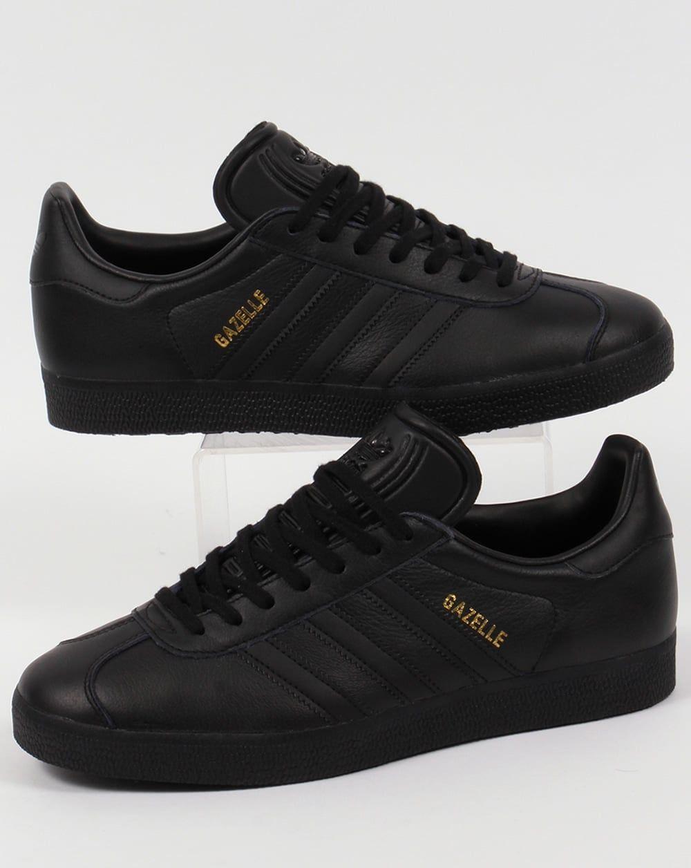 Retirada más lejos Alpinista  Adidas Gazelle Leather Trainers Triple Black | Adidas gazelle, Leather  trainers, Black leather trainers