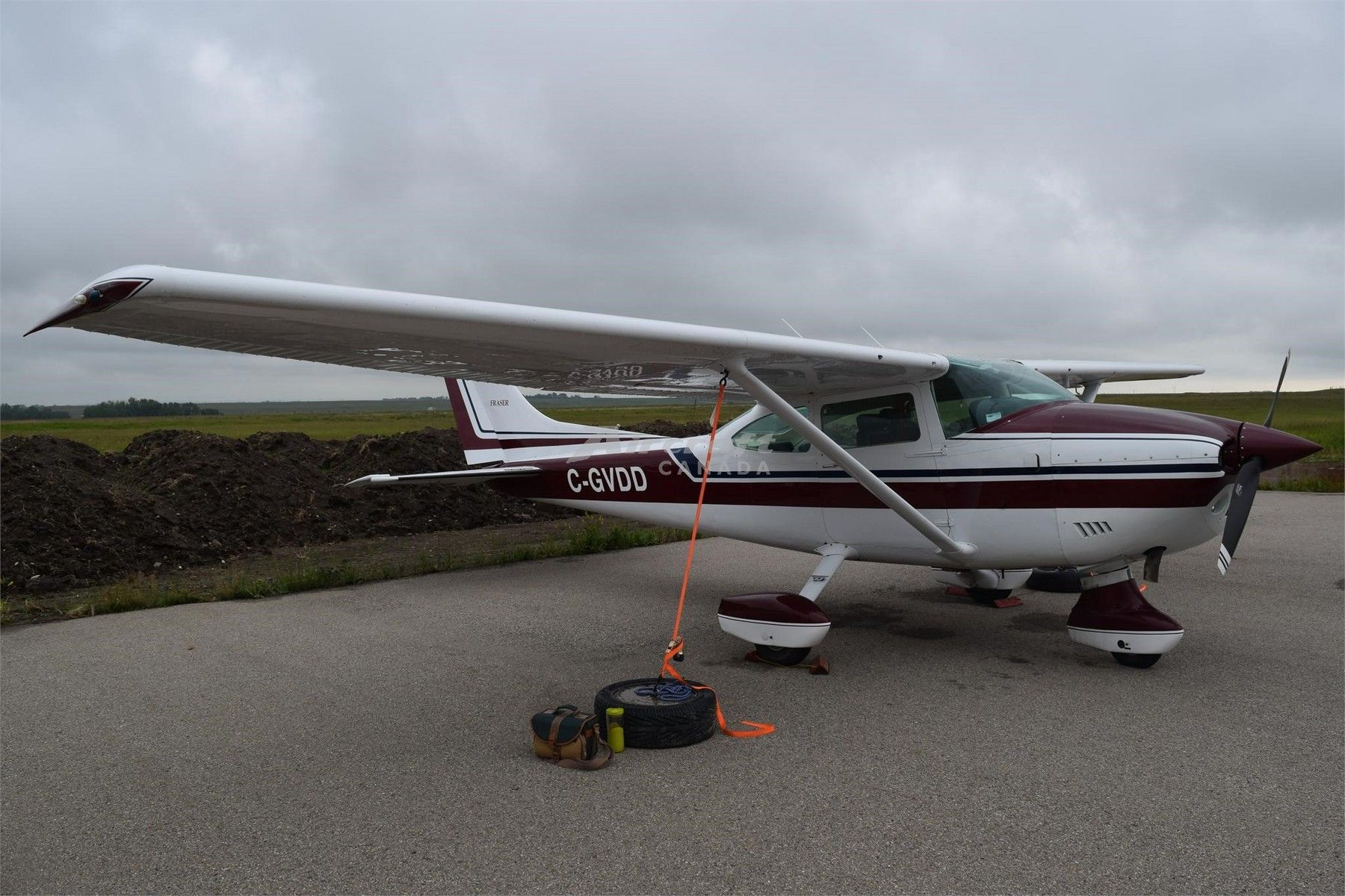 1974 Cessna 182P Skylane for sale in Calgary, AB Canada