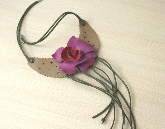 Leather bib necklace, leather flower necklace, orchid flower, bohemian necklace, leather jewelry, gift for mom, for girlfriend  Leather flower necklace is cool for summer. This beautiful leather orchid flower is made of thin genuine leather. Due to its subtle colour scheme, the leather orchid brooch would look great at a special occasion and can be incorporated into your day-to-day styles. This necklace looks nice and originally. It is 50 -55 cm in diameter (adjustable) ( 19,5 - 21,5 inch)…