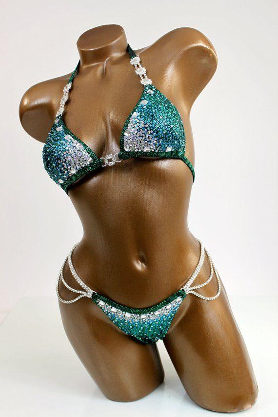 Black glitter bikini — pic 4