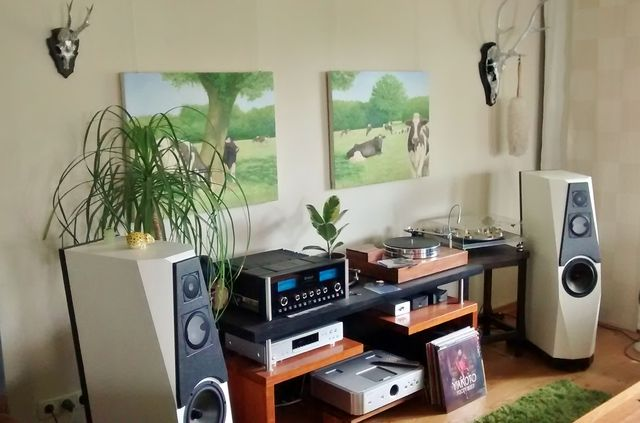 wohnzimmer stereo anlage audio pinterest audio hifi stereo and tech. Black Bedroom Furniture Sets. Home Design Ideas