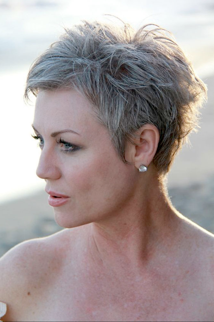 Short Haircuts And Hairstyles For Older Women 2020 Short Pixie Haircuts Haircut For Older Women Short Hair Styles