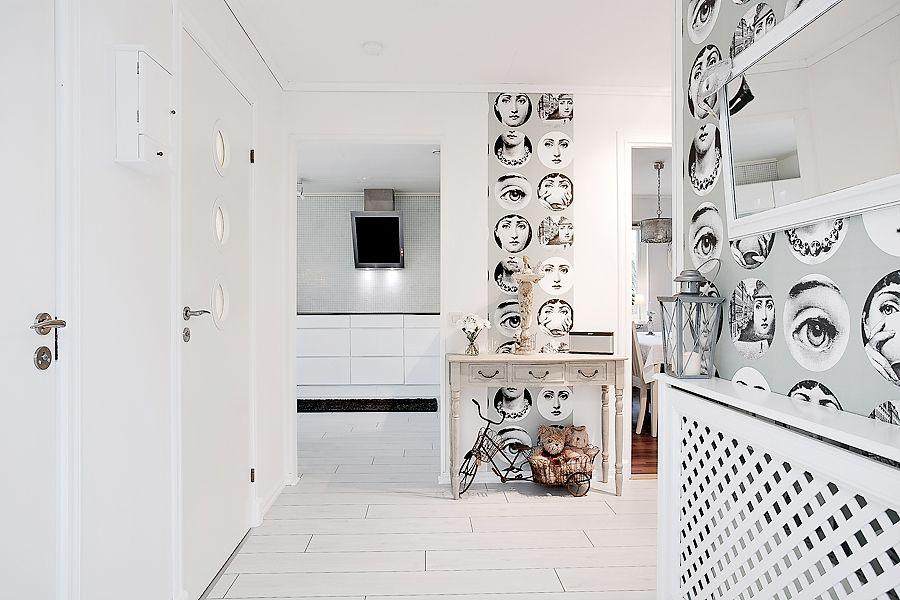 Nordic/Scandianavian hallway design