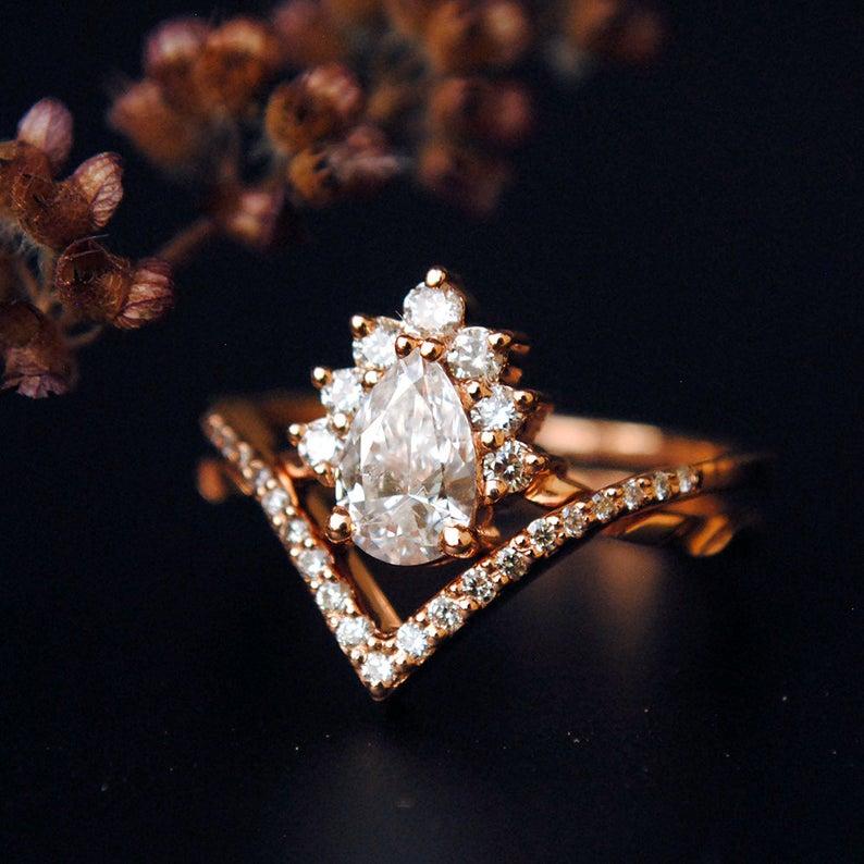 1/2 Carat Pear Diamond Wedding Ring Set, 14K Rose