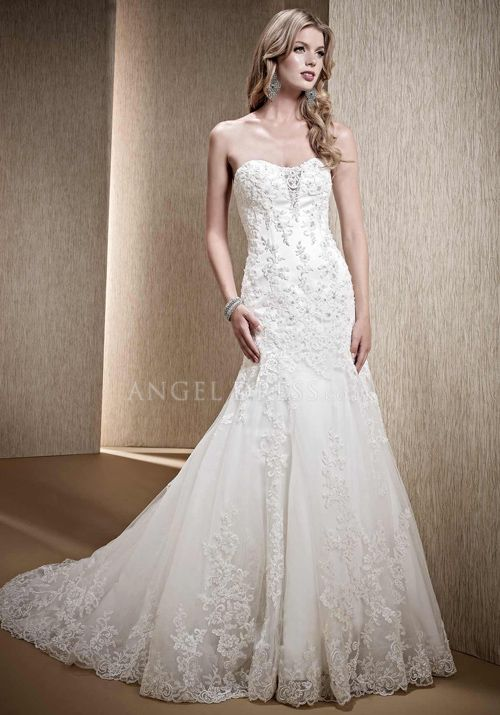 Elegant Floor Length Fit N Flare Sweetheart Lace Wedding Gowns With ...