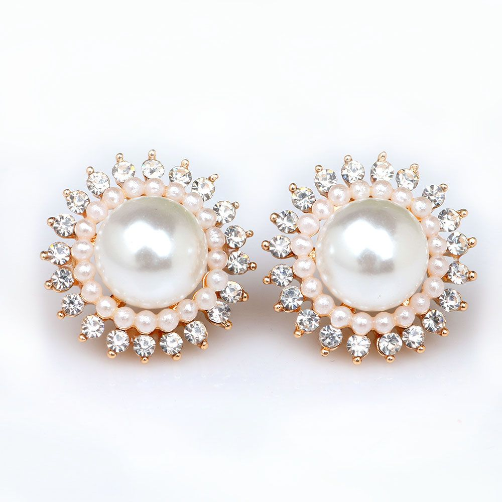 The Size Of Imitation Pearl Earrings Rhinestone Stud New Fashion