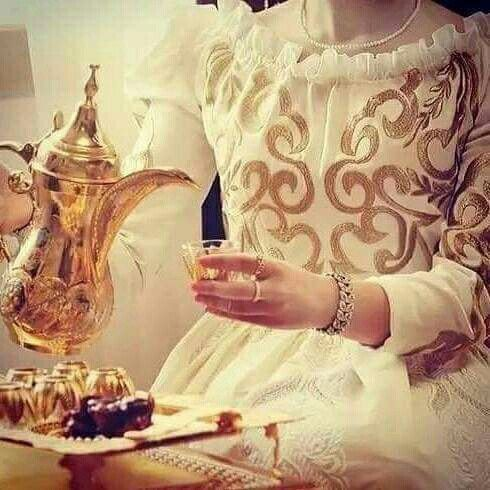Pin By ملكة الاحساس On رمزيات بنات Stylish Girls Photos Hijab Fashion Inspiration Afghan Wedding