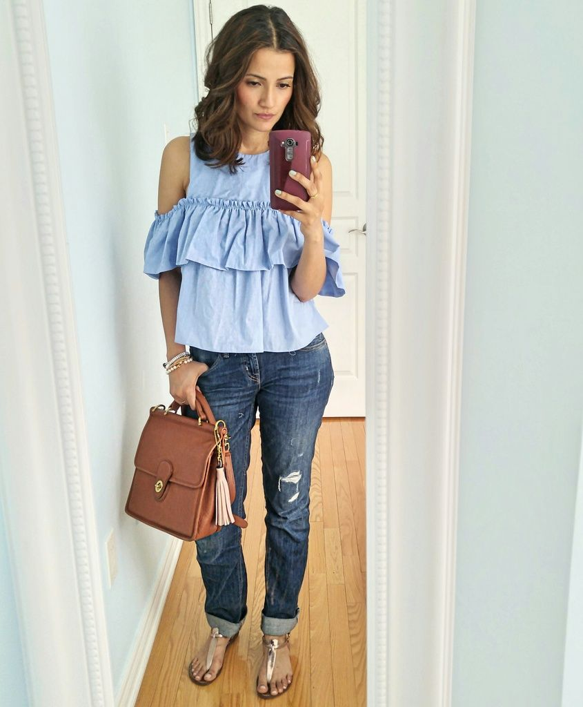 11b76938513f0 ZARA Blue cold shoulder top Blogger Outfit
