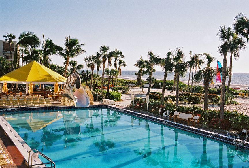 Sanibel Island Hotels: Inspiration For FL Resort Pool/bar Where Levi Worked