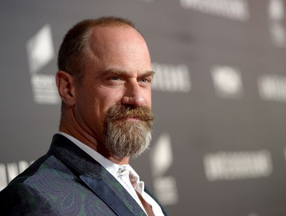 Law And Order Svu Season 17 Spoilers Chris Meloni Reveals Why Benson And Stabler Never Got Together Video Chris Meloni Law And Order Bald With Beard
