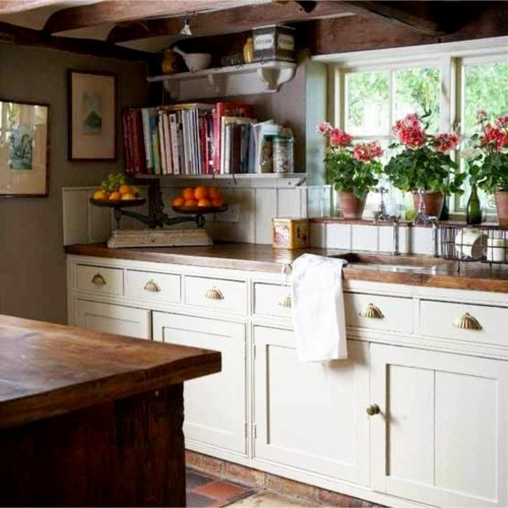 Farmhouse Kitchen Ideas Pictures Of Country Farmhouse Kitchens On A Budget New For 2021 English Country Kitchens Cottage Style Kitchen Cottage Kitchens