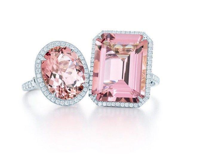 خواتم الماس وردي تجمع بين النعومة والفخامة من تصميم تيفاني أند كو Tiffanyandco Hiajewelry Hiamag Tiffany Diamonds P Pink Diamond Jewelry Tiffany And Co