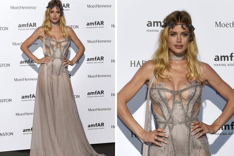 10 looks de la Gala amfAR 2015 de París  Doutzen Kroes y un diseño espectacular sobre la red carpet. El vestido, de Atelier Versace, se llevó todas las miradas. No es para menos. Foto: AFP